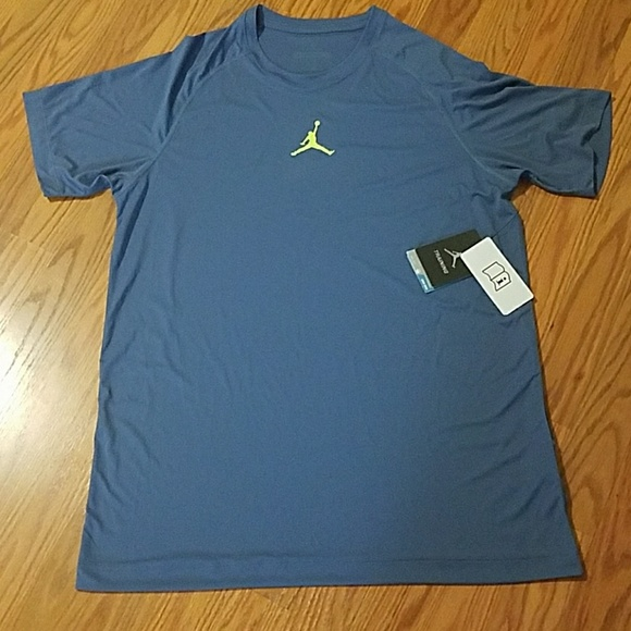 15b8ed9f92ed Men s Jordan training Nike Dri Fit short sleeve